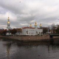 Под тревожным небом Петербурга :: Вера Моисеева