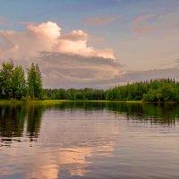 Вечернее озеро :: Валерий Талашов