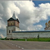 стены монастырские :: Дмитрий Анцыферов