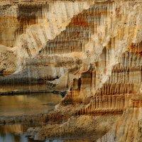 Песчаный карьер :: Екатерина Бурлуцкая