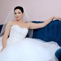 Дома в ожидании жениха :: Дмитрий Фотограф