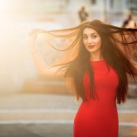 Солнечная девушка :: Lisa Shaburova
