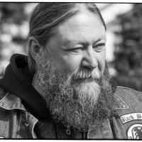 Портрет Байкера и Батюшки :: Алексадр Мякшин