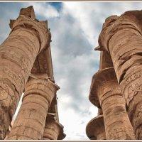 Колонны храма Амона-Ра в Карнаке :: Евгений Печенин