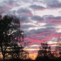 Подкрашенные облака. :: вера Верхозина
