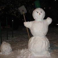 Коварный снеговик :: Джулия К.