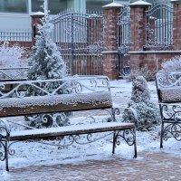 Замерзшие скамейки :: Miola