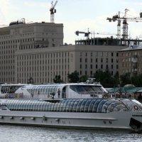 Тоже белый пароход :: Олег Лукьянов