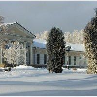 Снежок музей укутывал :: muh5257