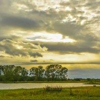 Весенние берега :: юрий Амосов