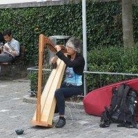 Люцерн. Женщина, играющая на арфе... :: Елена Павлова (Смолова)