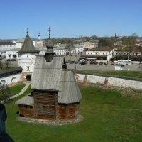 вид на Ю.-Польский с колокольни кремля :: Сергей Цветков