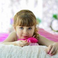 Лучший способ сделать детей хорошими — это сделать их счастливыми. :: Ксения Заводчикова