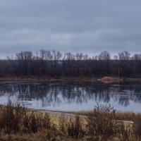 Озеро, как зеркало :: Сашенька)