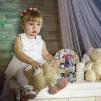 Кукла на каминной полке :: Татьяна Курамшина