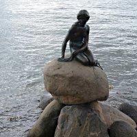 Русалочка — неизменный символ Дании :: Елена Павлова (Смолова)