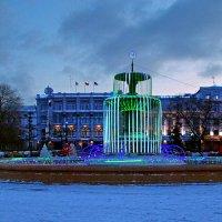 Подготовка к фотосъемке новогодней елки :: Дмитрий Иванцов