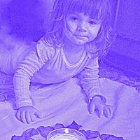 горит свеча :: Наталия Галкина