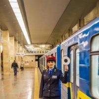 Тётя в метро :: Shoni Karabin