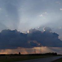 Солнце в облаке :: Вадим Лячиков