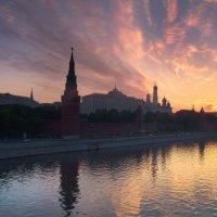 кремль рассвет :: Константин Кокошкин