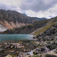 У горного озера :: Виктор Никитин