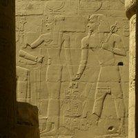 Фараон и подруга :: Алексей Аксенов