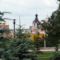 Вид на храм. :: Сергей Исаенко