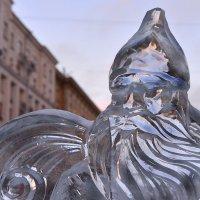 Мир волнуется в надеждах   НовоГодней суеты… :: Ирина Данилова