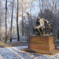 Памятник А.С. Пушкину в Царском селе. :: Андрей Франчковский