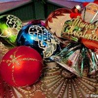 Новогодние игрушки :: Eвгений