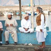 Рыбацкий поселок на берегу Оманского залива :: MVMarina