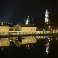У монастырского пруда :: Вячеслав Пугачев