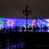Новогоднее шоу под дождём :: Вера Моисеева