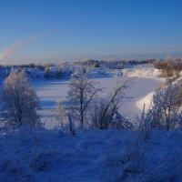 Зимнее озеро :: Анатолий