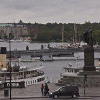 Вид с площади-2 :: Александр Рябчиков