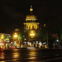 Дворцовая площадь :: Владимир Гилясев