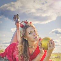 Золотой шар :: Анна Нестерова