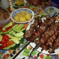 Дачный ужин :: Елена Грошева