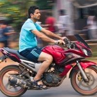 Мотоциклист :: Алексей. Бордовский