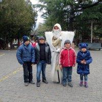 С грузинским Дедом морозом! :: Наталья Джикидзе (Берёзина)