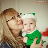 Бабушка с внуком :: Ольга Никонорова