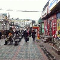 В торговом центре :: Нина Корешкова