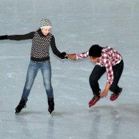 Третий раз на коньках в 3; в 21 и в 24 года :: Николай Огуля