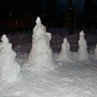 Такая семейка снеговиков... :: Владимир Павлов