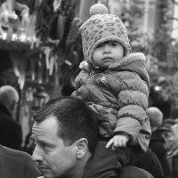 Рождество в Дрездене. Отцы и дети :: Ольга Нарышкова
