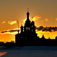 На закате зимнего дня :: Ольга Варсеева