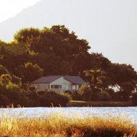 Домик на озере :: Natalya секрет
