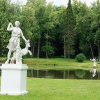 Диана с ланью. Неизвестный скульптур. Италия. XVIII в. :: Елена Павлова (Смолова)