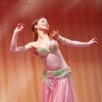 Восточные танцы :: Максимилиан Сребный